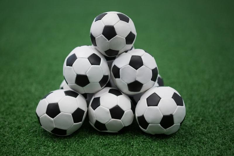 Football Pyramid