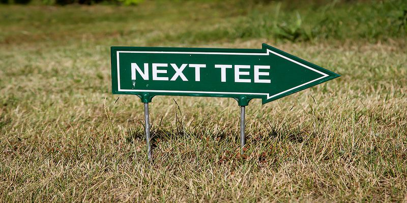 Golf Sign Next Tee